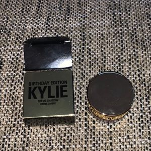Kylie Cosmetics rose gold creme shadow